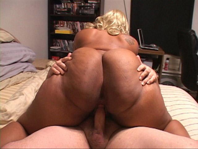 Big tit and butt porn